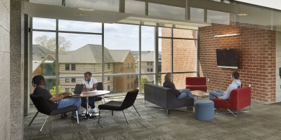 Students in Juniata study lounge